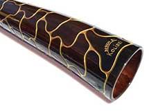 Dieses Slide-Didge ist einzigartig im Bereich der Konzertklasse-Didgeridoos. Ansicht Bell End. This Slide-Didge is unique. A concert class Didgeridu. View Bell End.