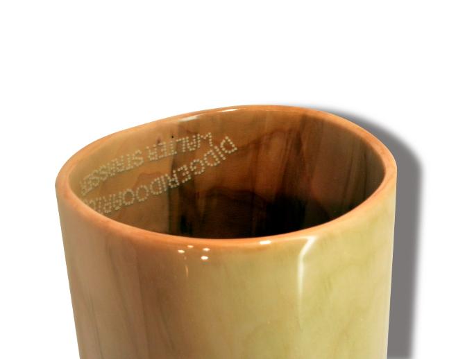 Original Woodslide Didgeridoo, Holz: Eberesche, Design natur, Ansicht Bellend, Tonlagen: F – C, Bestell-Nr. 082