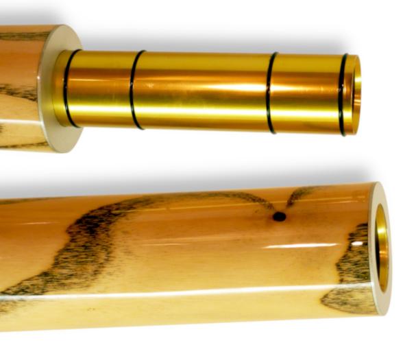 Original Woodslide Didgeridoo, teilbar, Holz: Esche, Design: natur, Ansicht: Detail. Original Woodslide Didge, Seperable, Wood: Ash Tree, Design: nature, View: Detail