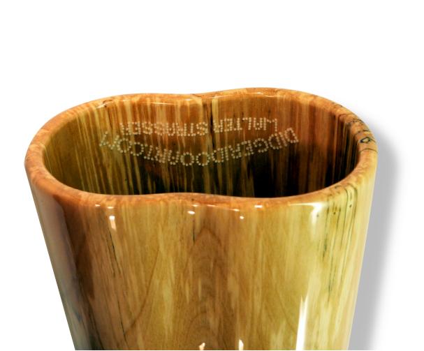 Woodslide Didgeridoo, Holz: Traubenkirsche, teilbar, Design: natur, Ansicht: Bellend  Woodslide Didge, Wood: GrapesCherry, divisible, Design: nature, View: Bellend